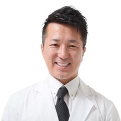 インビザライン矯正歯科 - ホワイトエッセンス デンタルクリニック成城 院長 深谷雅浩